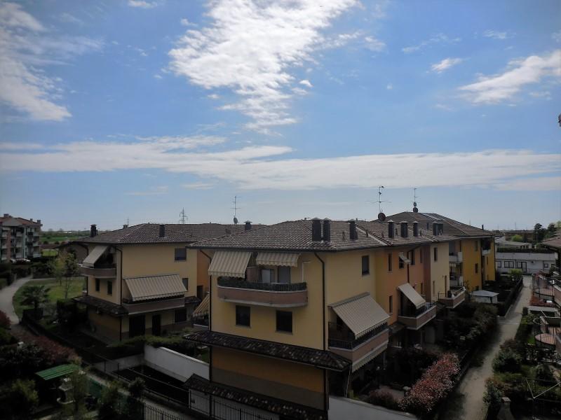 Appartamento in vendita a Osio Sotto, 1 locali, prezzo € 75.000 | Cambio Casa.it