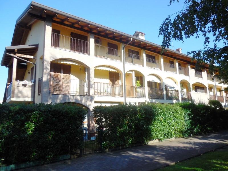 Appartamento in vendita a Pozzo d'Adda, 2 locali, zona Località: POZZO D'ADDA, prezzo € 95.000 | Cambio Casa.it
