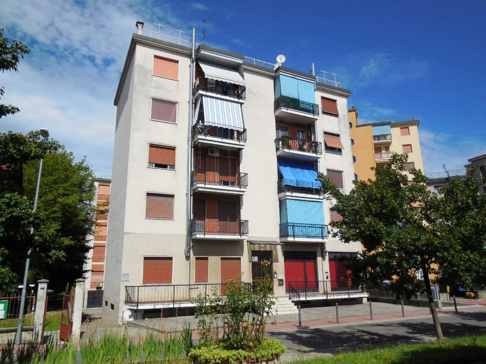 Appartamento in vendita a Vaprio d'Adda, 2 locali, prezzo € 45.000 | Cambio Casa.it