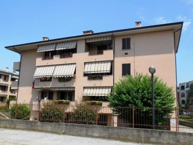 Appartamento in vendita a Pozzo d'Adda, 3 locali, prezzo € 150.000   Cambio Casa.it