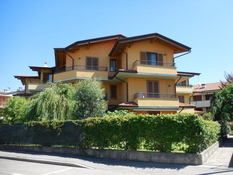 Appartamento in vendita a Bottanuco, 3 locali, prezzo € 119.000 | Cambio Casa.it