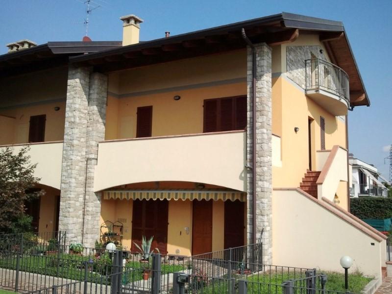 Soluzione Indipendente in vendita a Ciserano, 4 locali, prezzo € 179.000 | Cambio Casa.it
