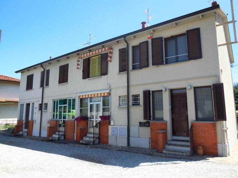 Soluzione Indipendente in vendita a Vaprio d'Adda, 3 locali, zona Località: VAPRIO D'ADDA, prezzo € 90.000 | Cambio Casa.it