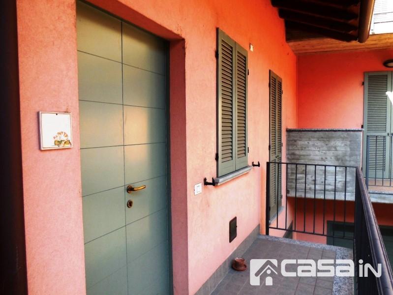 Bilocale Vaprio d Adda Piazza Cavour 1