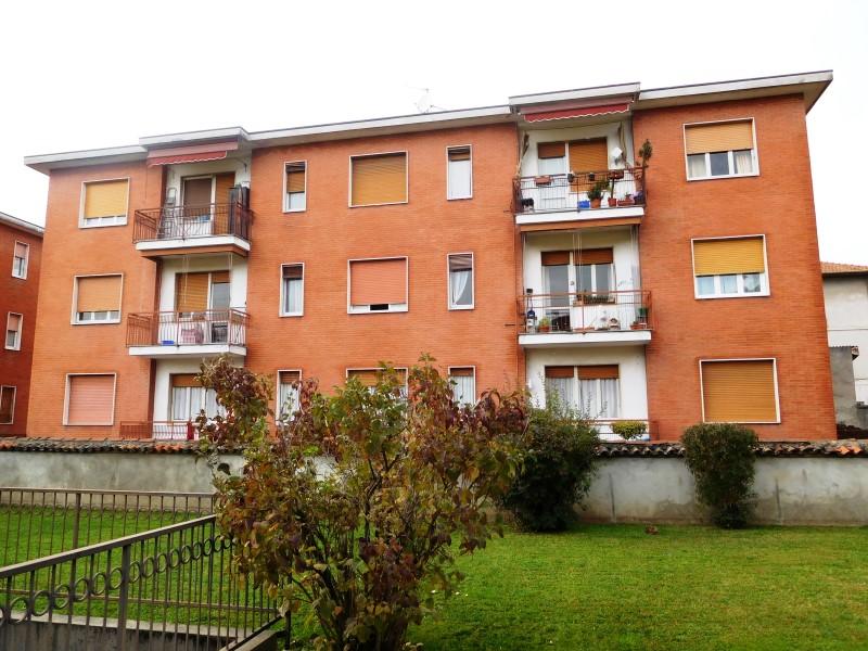 Appartamento in vendita a Vaprio d'Adda, 3 locali, prezzo € 75.000 | CambioCasa.it