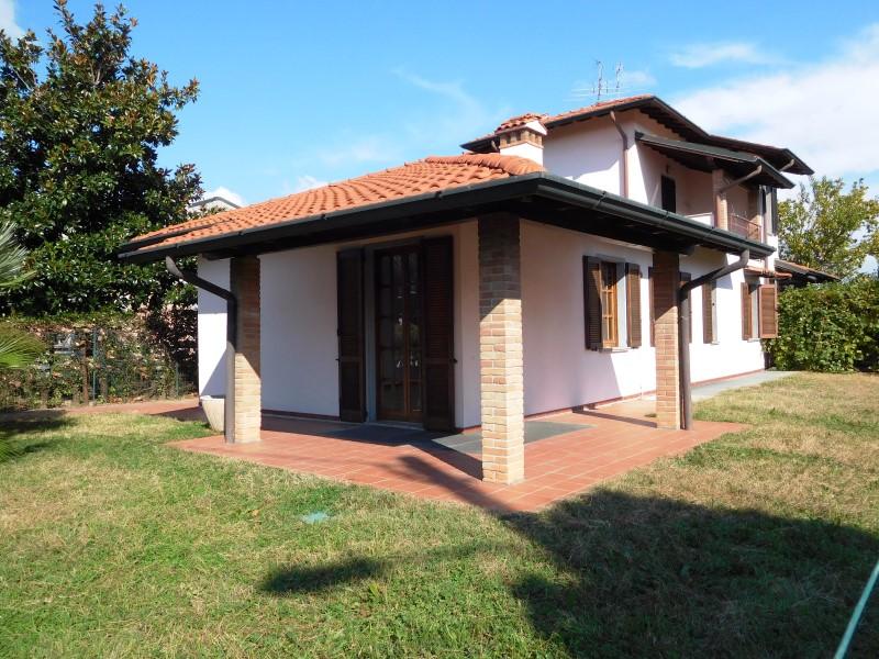 Villa in vendita a Grezzago, 4 locali, prezzo € 220.000 | Cambio Casa.it