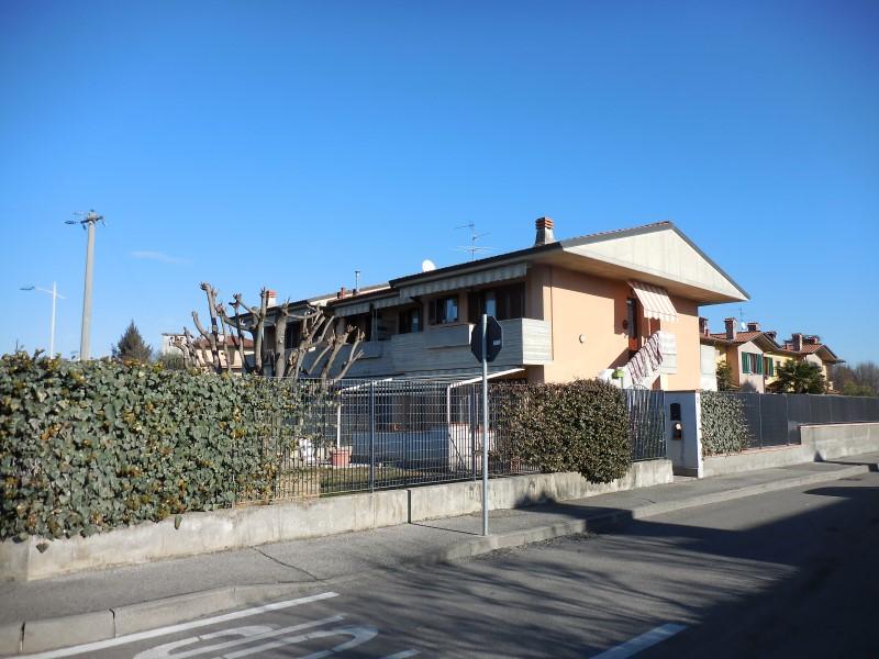 Soluzione Indipendente in vendita a Brembate, 2 locali, prezzo € 125.000 | Cambio Casa.it