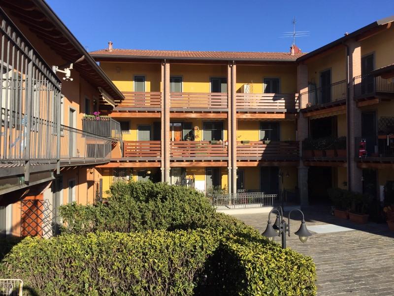 Appartamento in vendita a Terno d'Isola, 3 locali, prezzo € 95.000 | CambioCasa.it