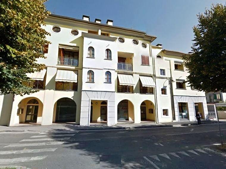 Appartamento in vendita a Vaprio d'Adda, 3 locali, Trattative riservate | CambioCasa.it