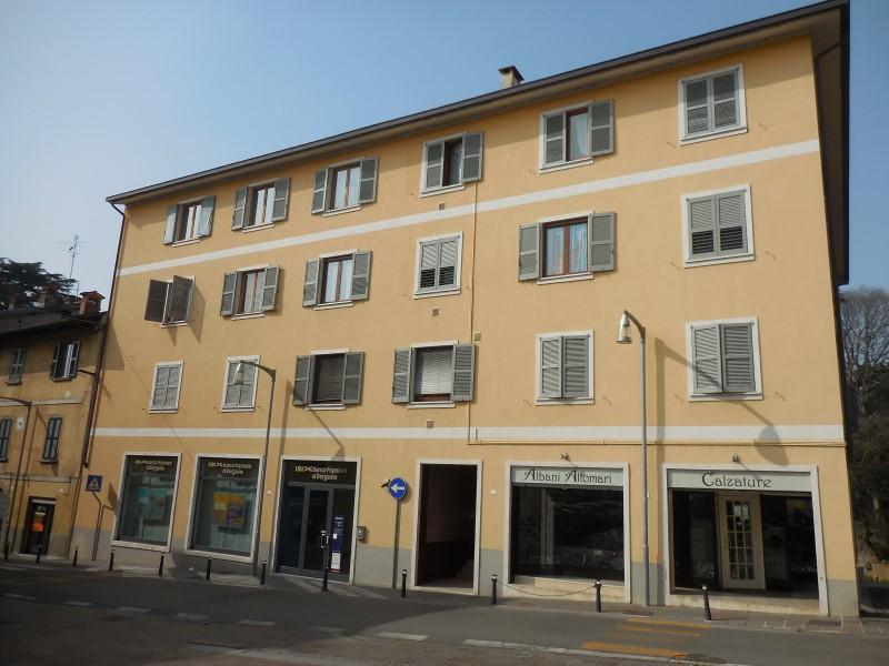 Appartamento in vendita a Capriate San Gervasio, 3 locali, prezzo € 89.000   Cambio Casa.it