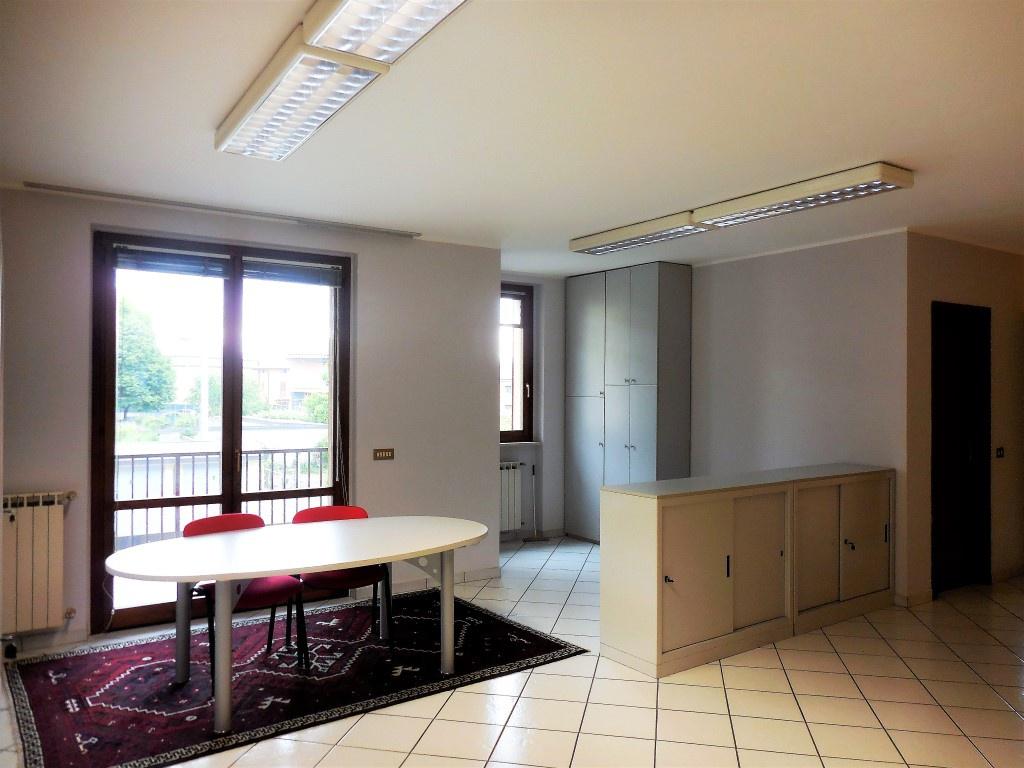 Ufficio / Studio in vendita a Capriate San Gervasio, 3 locali, prezzo € 89.000 | CambioCasa.it