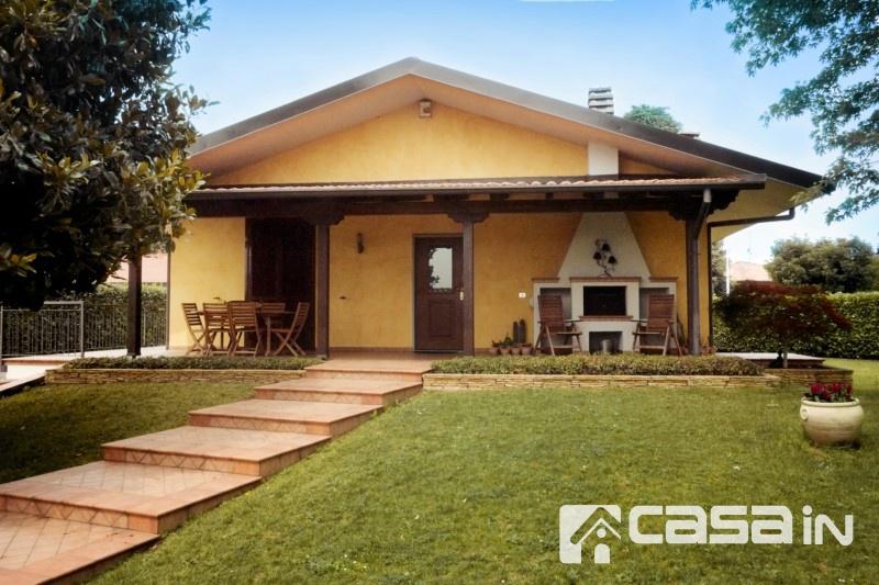 Villa in vendita a Pozzo d'Adda, 5 locali, prezzo € 590.000 | CambioCasa.it