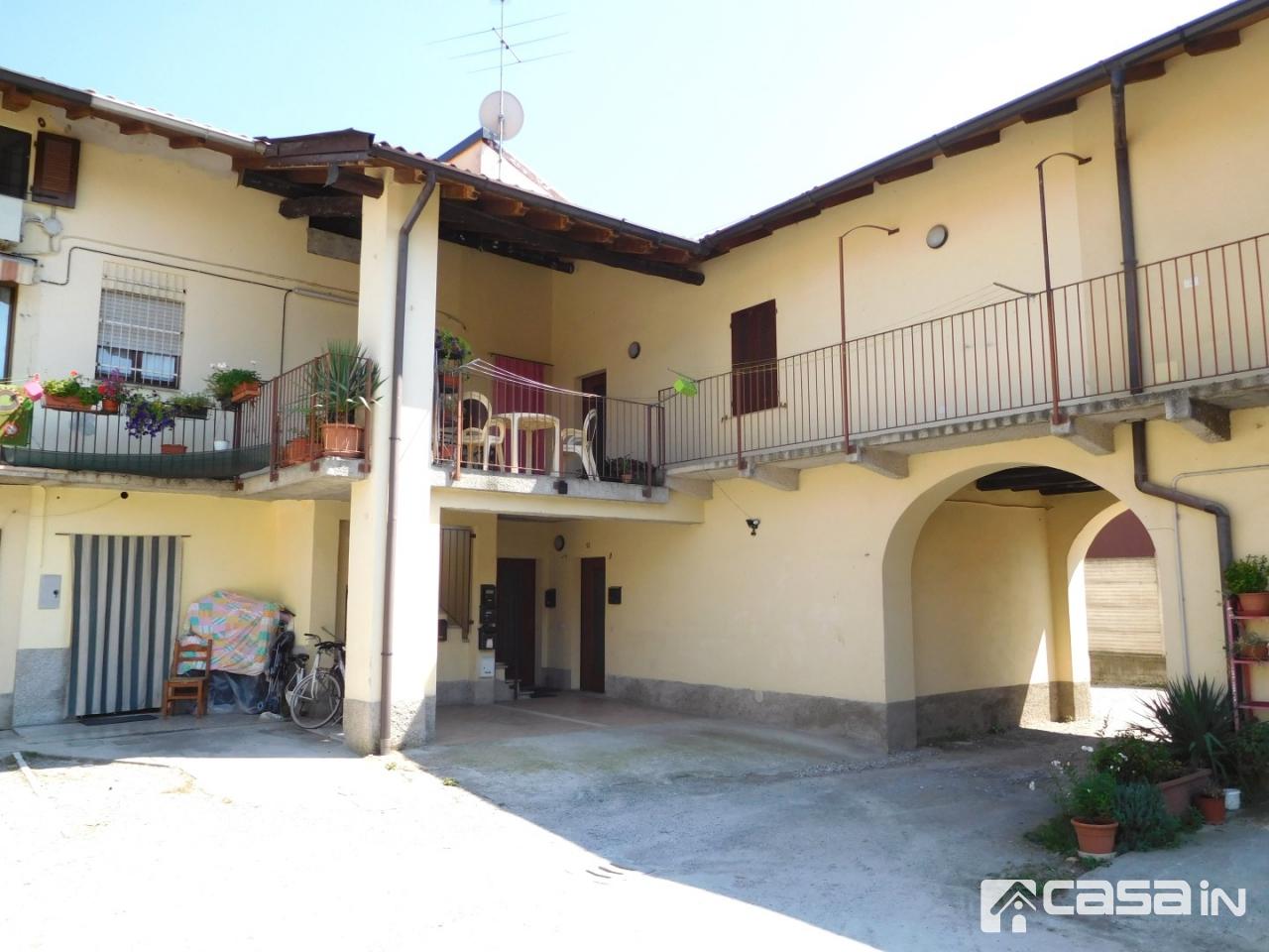 Appartamento in vendita a Canonica d'Adda, 2 locali, prezzo € 38.000   CambioCasa.it
