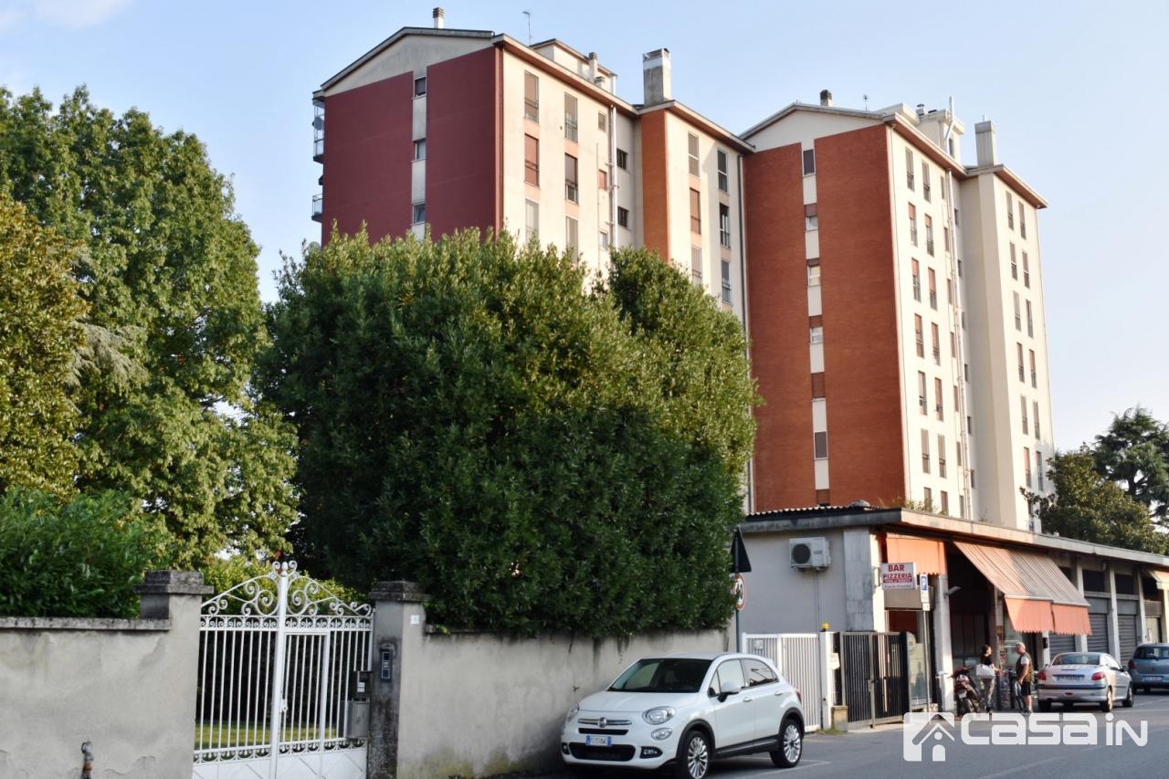 Appartamento da ristrutturare arredato in vendita Rif. 7940457