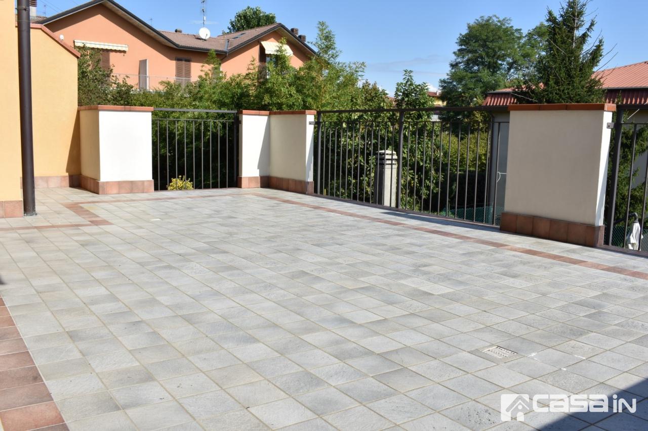 Appartamento in ottime condizioni in vendita Rif. 11327211