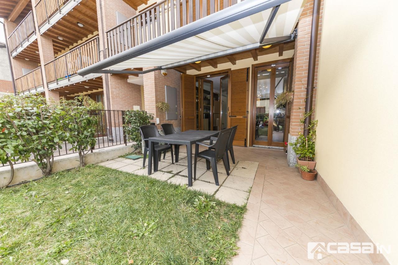 Appartamento in ottime condizioni in vendita Rif. 12217232