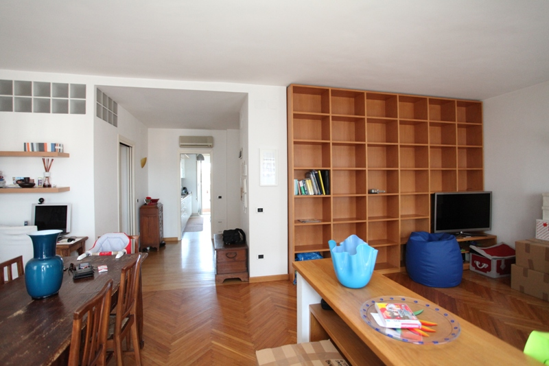 Appartamento in vendita a Venezia, 5 locali, prezzo € 190.000 | CambioCasa.it
