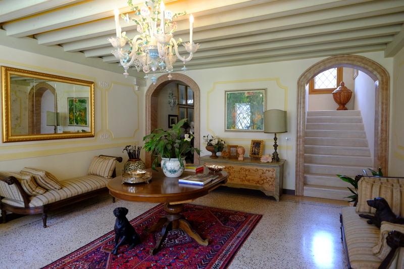 Palazzo / Stabile in Vendita a Belluno