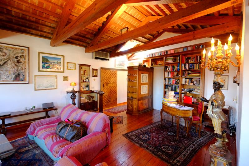 Attico / Mansarda in vendita a Venezia, 7 locali, zona Località: SANTA CROCE, Trattative riservate | Cambio Casa.it