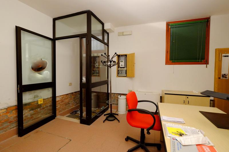 Magazzino in affitto a Venezia, 2 locali, zona Località: CANNAREGIO, prezzo € 1.000   Cambio Casa.it