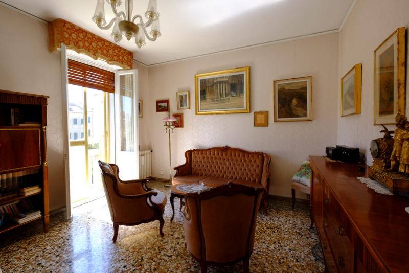 Appartamento in vendita a Venezia, 5 locali, zona Località: CASTELLO, prezzo € 400.000   Cambio Casa.it