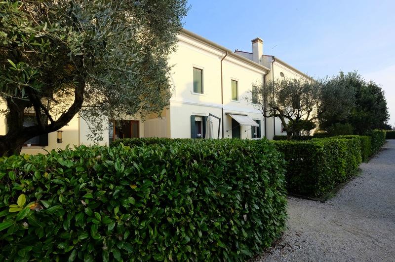 Appartamento in ottime condizioni in vendita Rif. 8824363