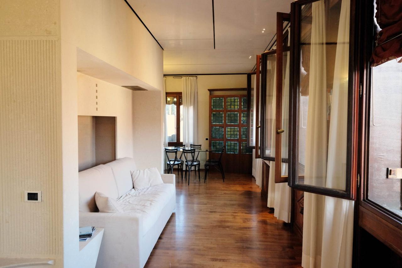 Appartamento in ottime condizioni arredato in affitto Rif. 11388715