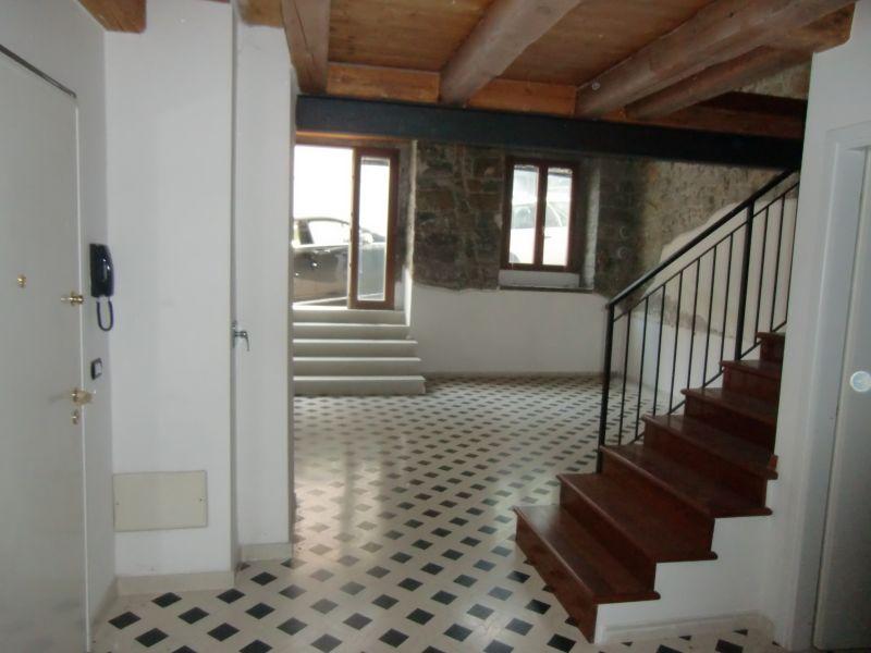 Bilocale Trieste Via Toti 2
