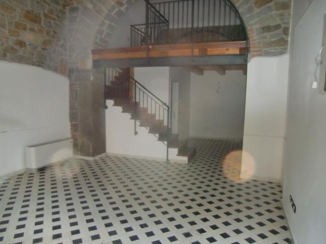 Bilocale Trieste Via Toti 1
