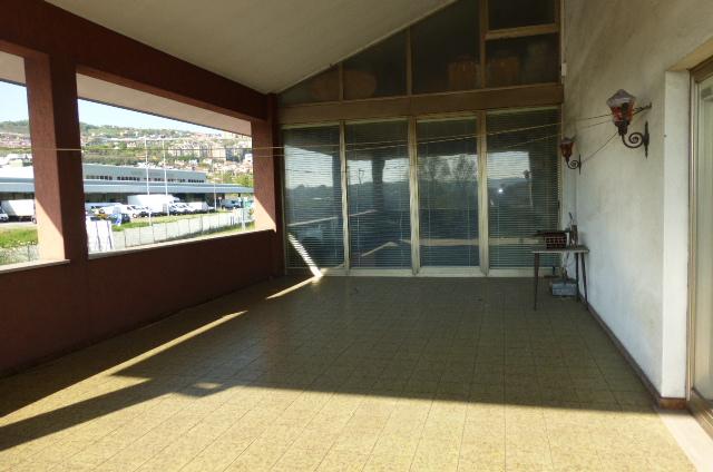 Appartamento in vendita a Trieste, 6 locali, prezzo € 400.000 | PortaleAgenzieImmobiliari.it
