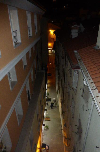 Bilocale Trieste Via Della Pescheria 5