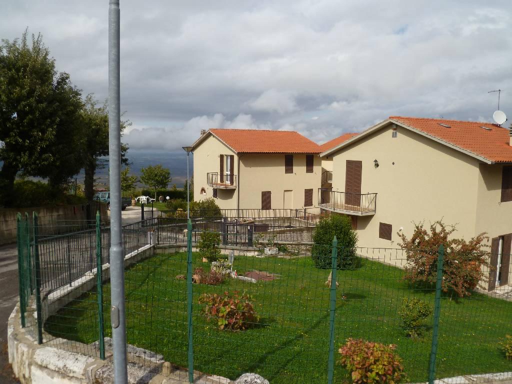 Villetta a schiera arredato in vendita Rif. 7089893