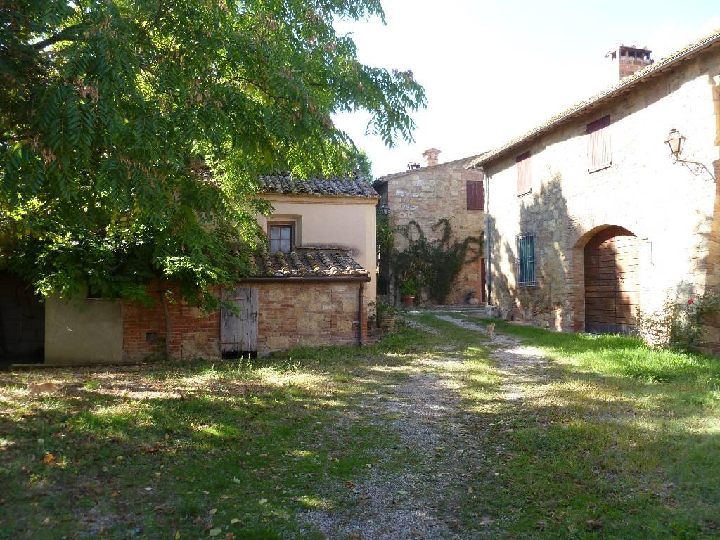 Azienda Agricola in vendita a Montepulciano, 40 locali, zona Località: MONTEPULCIANO, prezzo € 4.500.000 | Cambio Casa.it