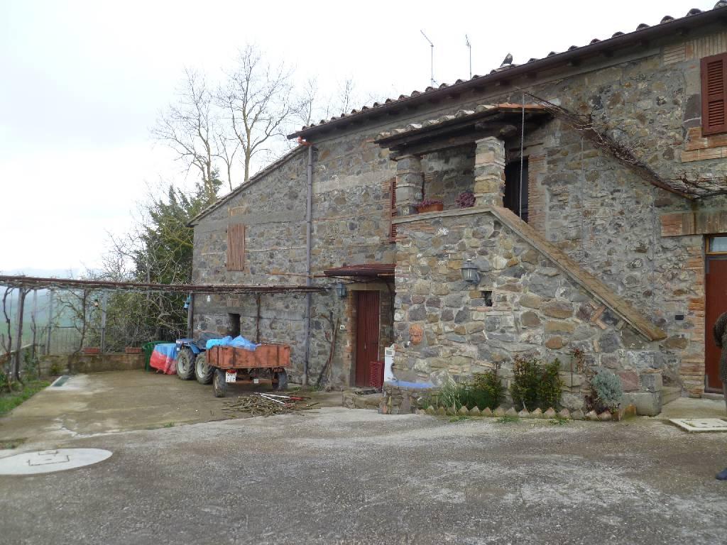 Rustico / Casale in affitto a Radicofani, 3 locali, zona Località: RADICOFANI, prezzo € 350 | Cambio Casa.it