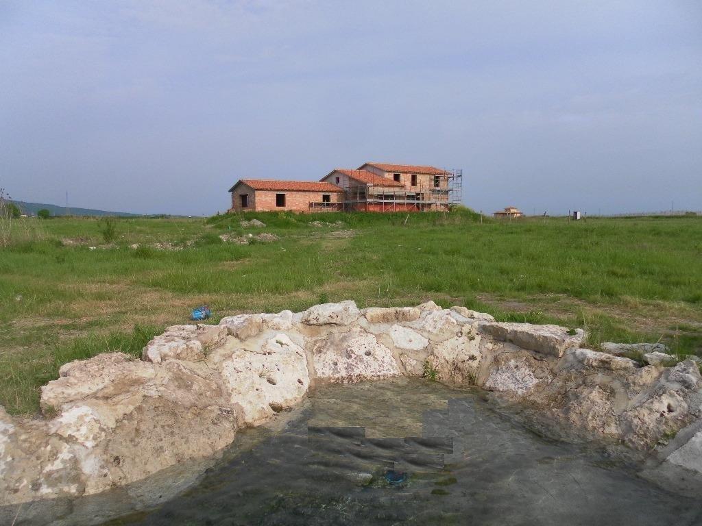 Rustico / Casale in vendita a Montalto di Castro, 15 locali, prezzo € 500.000 | CambioCasa.it