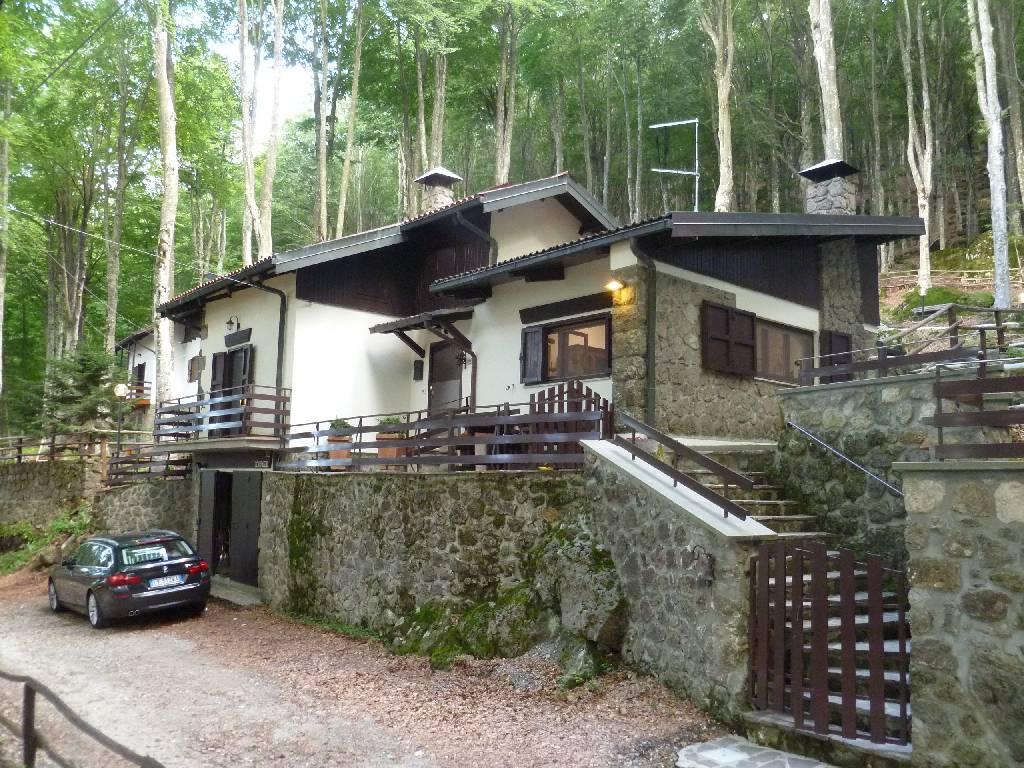 Rustico / Casale in Vendita a Abbadia San Salvatore