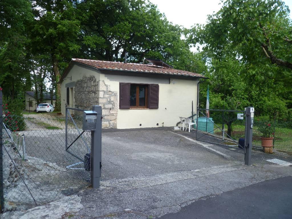 Villa in affitto a Castiglione d'Orcia, 3 locali, zona Località: TERME DI BAGNI SAN FILIPPO, Trattative riservate | Cambio Casa.it