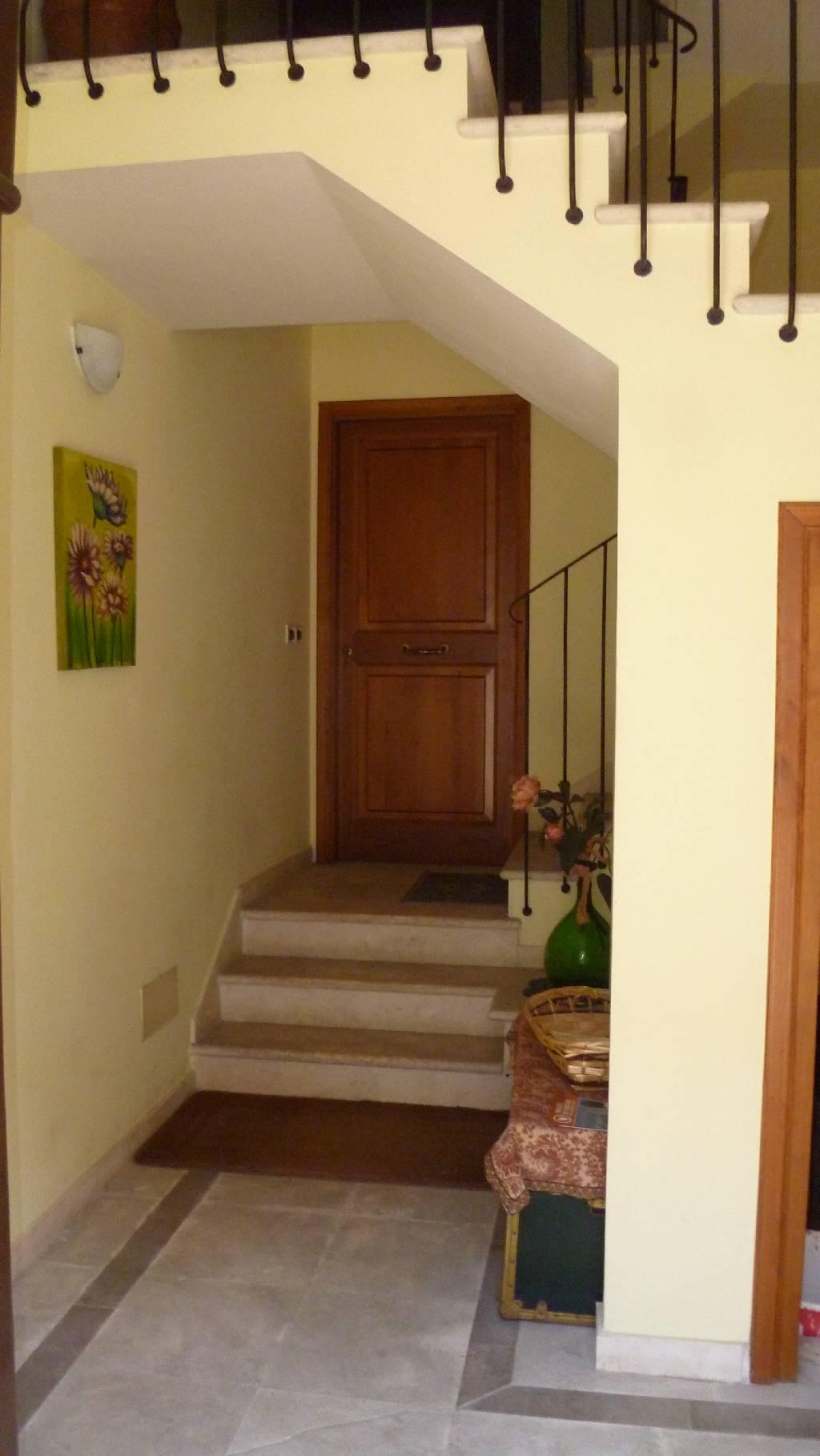 Appartamento in affitto a Abbadia San Salvatore, 4 locali, prezzo € 380 | Cambio Casa.it