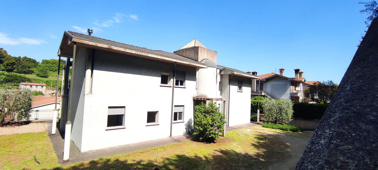Villa singola ACQUAPENDENTE VRC1613