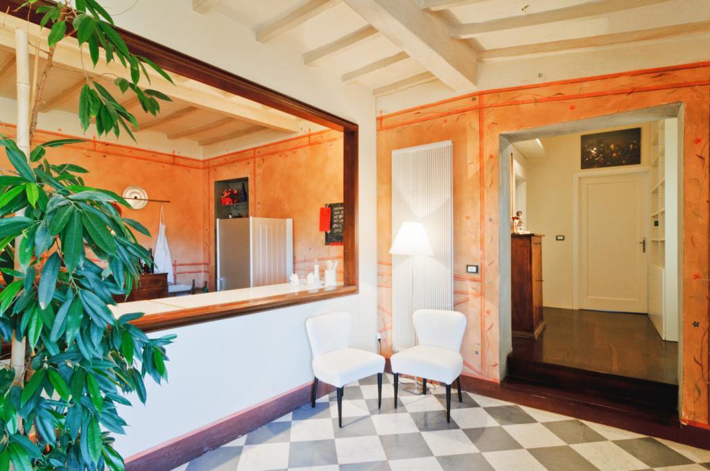 Appartamento quadrilocale in affitto a Arezzo (AR)-8