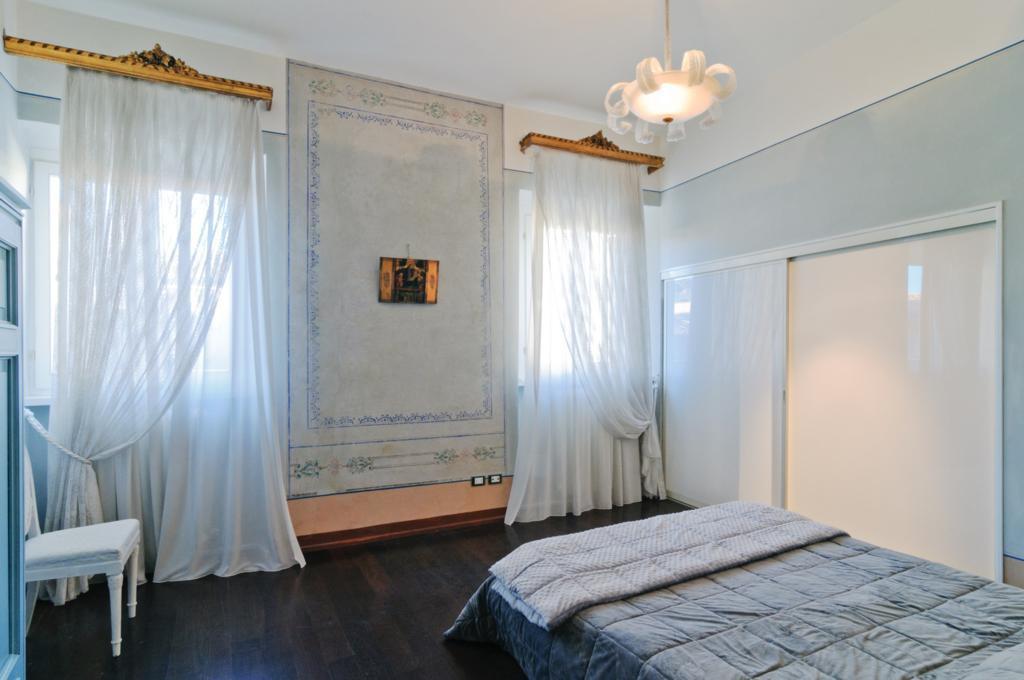 Appartamento quadrilocale in affitto a Arezzo (AR)-10