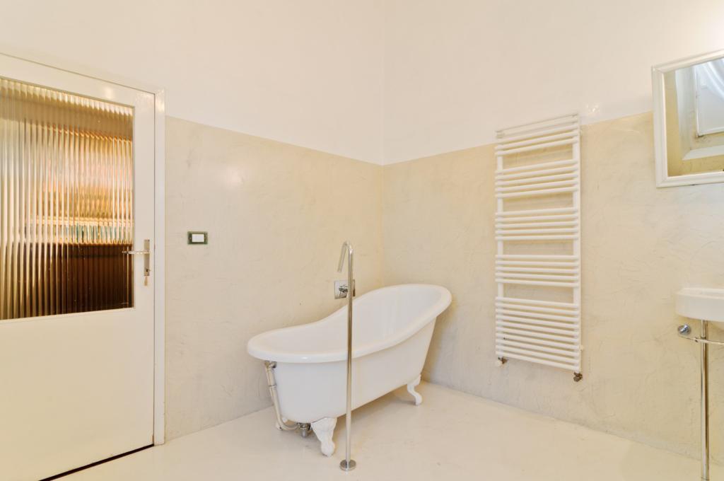 Appartamento quadrilocale in affitto a Arezzo (AR)-16