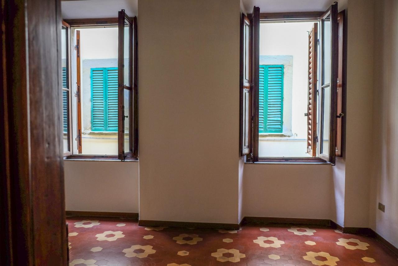 Appartamento ristrutturato in affitto Rif. 10393348