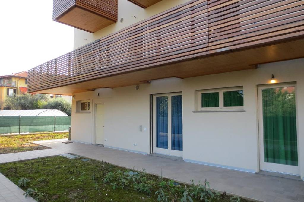 Soluzione Indipendente in vendita a Bergamo, 4 locali, zona Località: S.TOMMASO, prezzo € 339.000   Cambio Casa.it