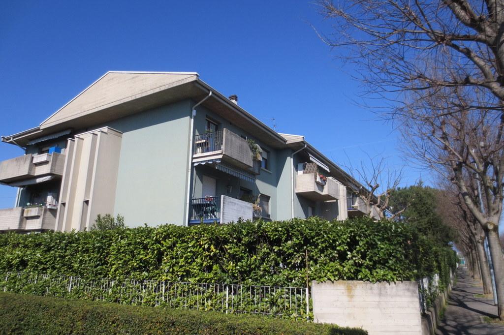 Appartamento in vendita a Lallio, 2 locali, prezzo € 75.000 | Cambio Casa.it