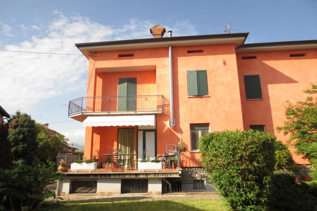 Villa in Vendita a Brusaporto