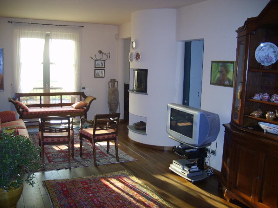 Palazzo / Stabile in vendita a Bergamo, 8 locali, zona Località: COLLI DI BERGAMO, prezzo € 890.000 | Cambio Casa.it