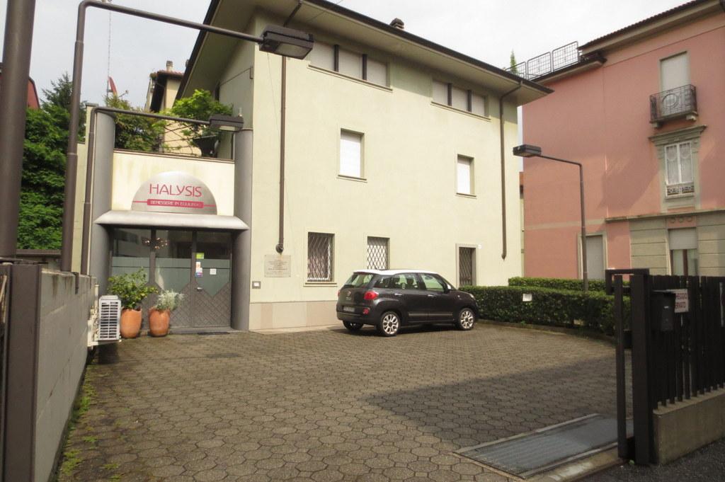 Ufficio / Studio in vendita a Bergamo, 4 locali, zona Località: CENTRALE, prezzo € 155.000 | Cambio Casa.it