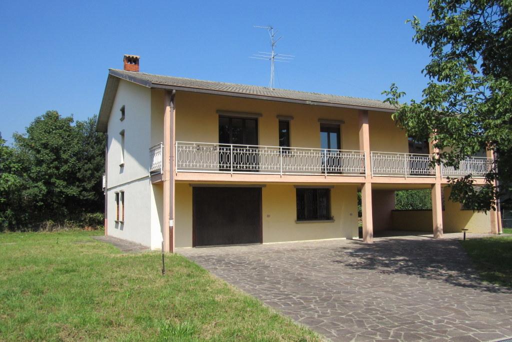 Villa in vendita a Gorlago, 4 locali, prezzo € 260.000 | Cambio Casa.it