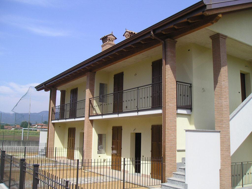 Appartamento in vendita a Mozzo, 3 locali, prezzo € 260.000 | Cambio Casa.it